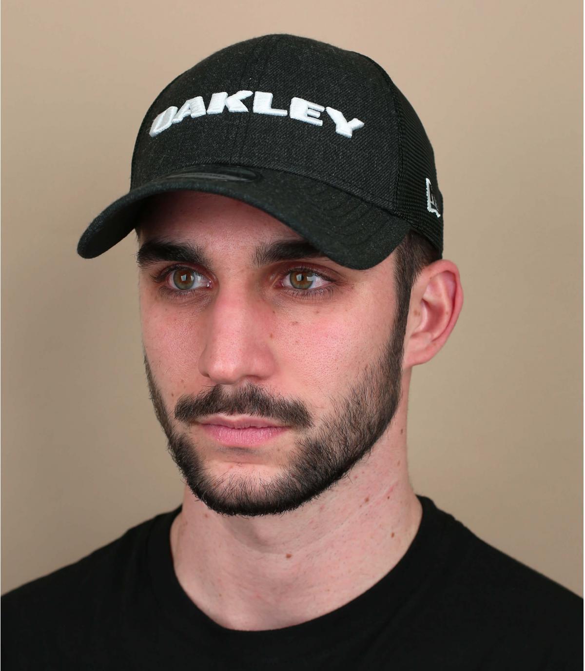 trucker Oakley noir