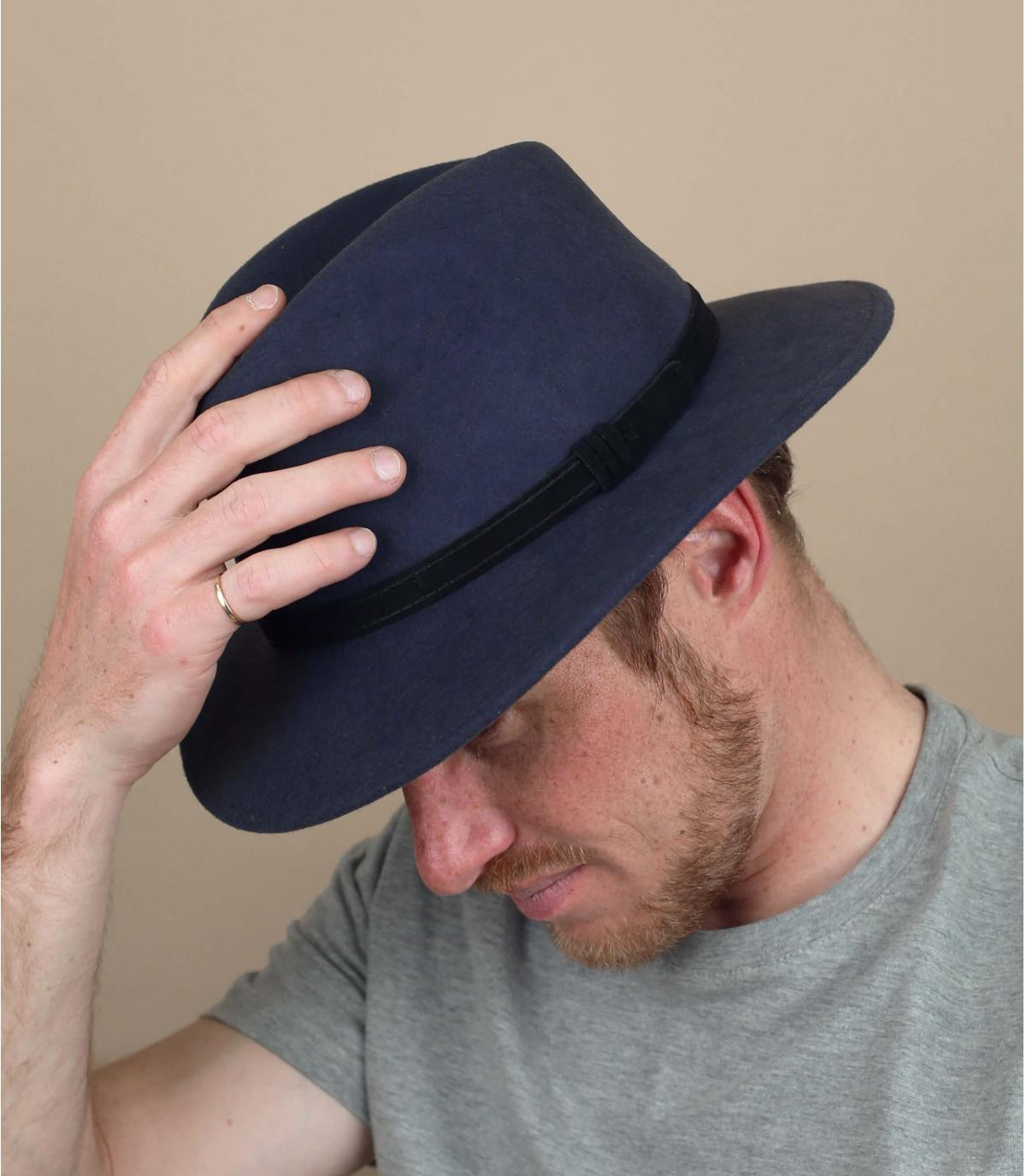 chapeau gris laine