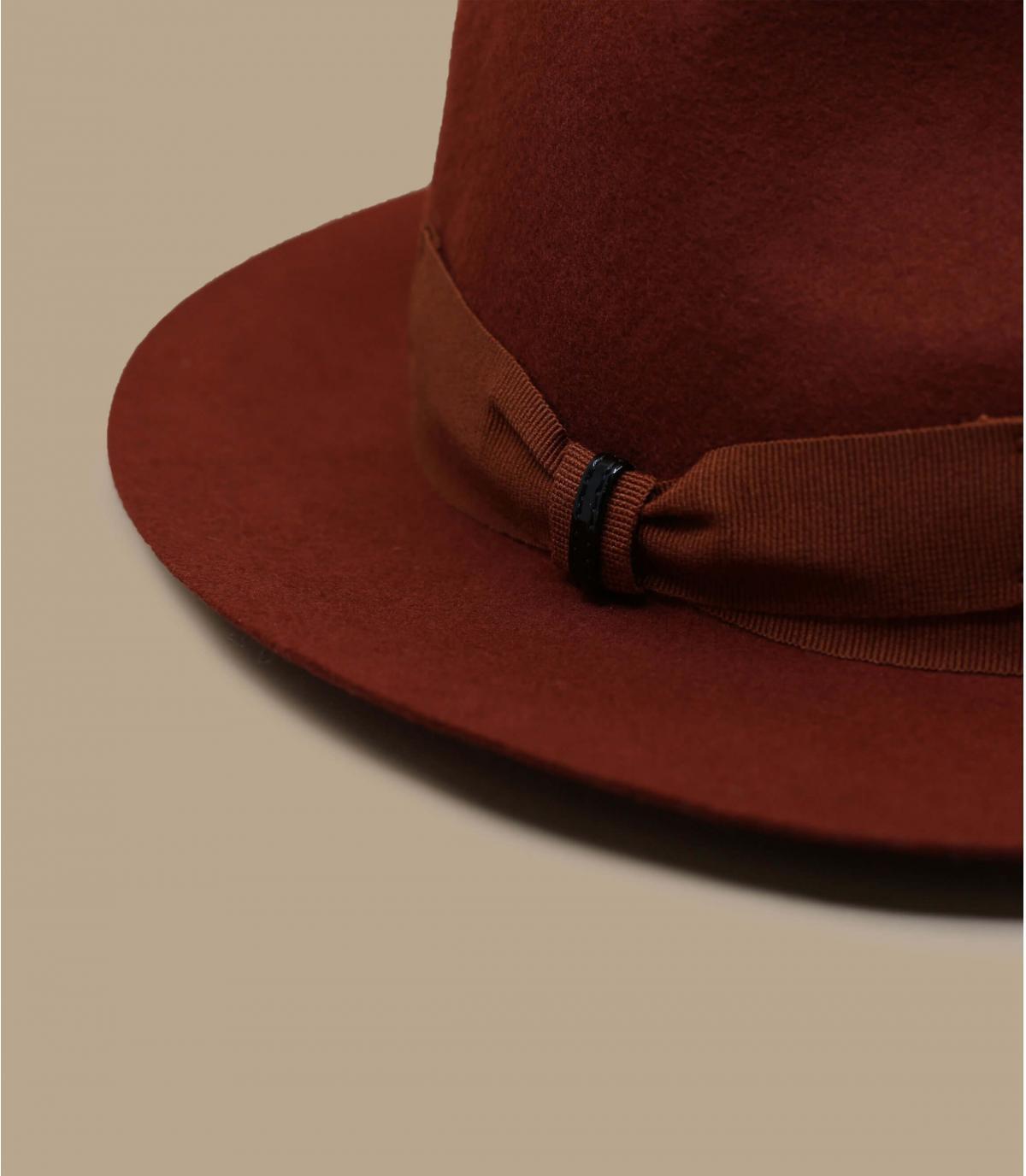 chapeau feutre orange
