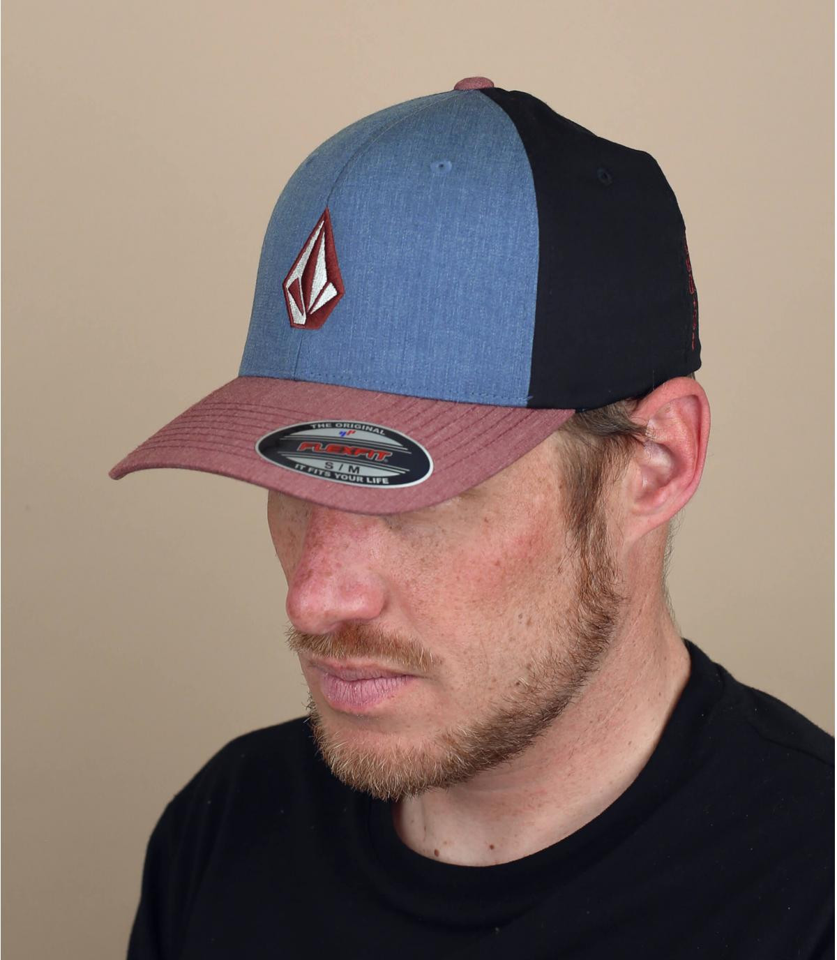 casquette Volcom bleu rouge