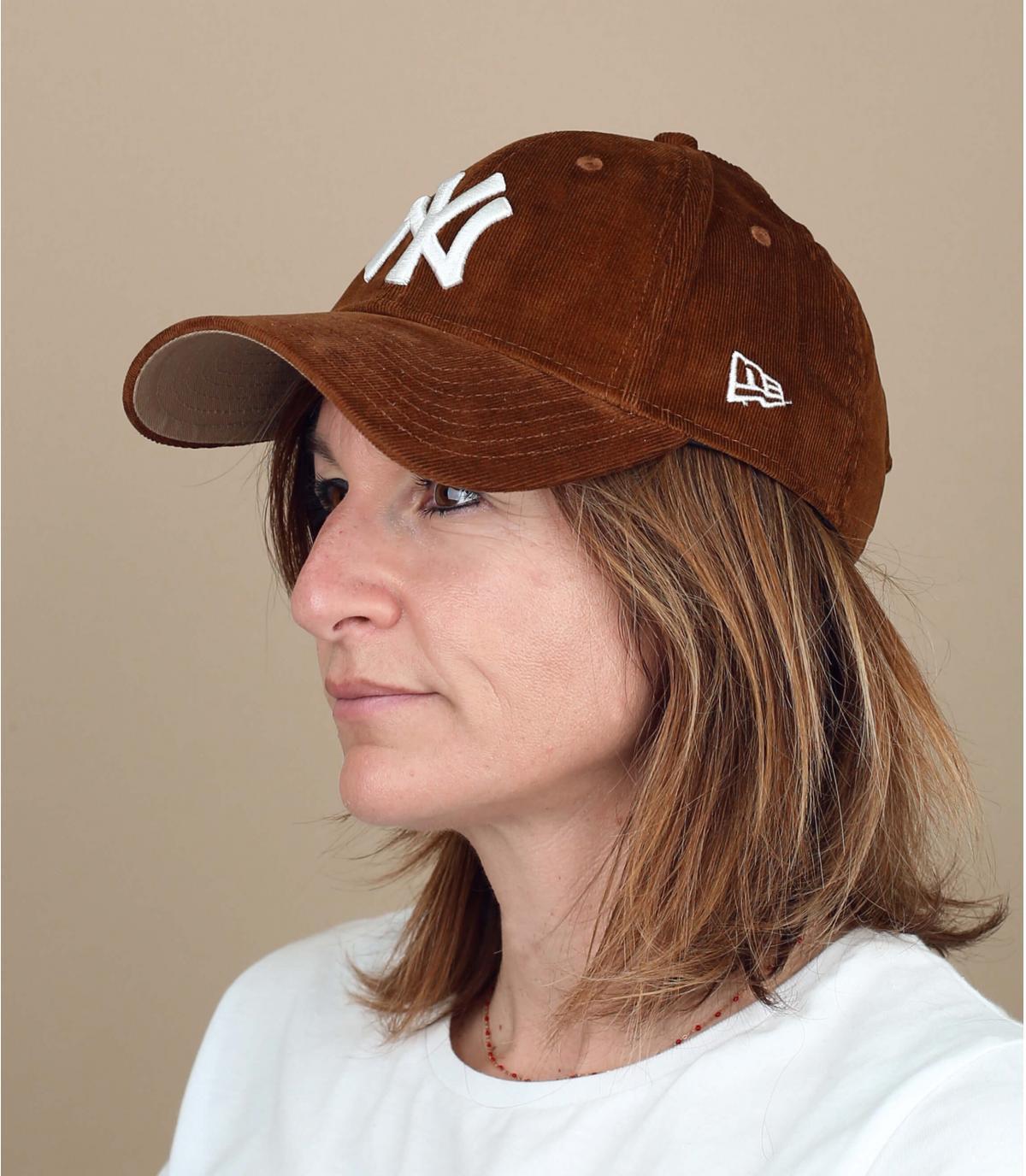 casquette velours marron femme