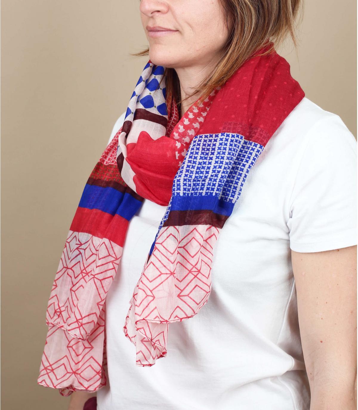 foulard rouge