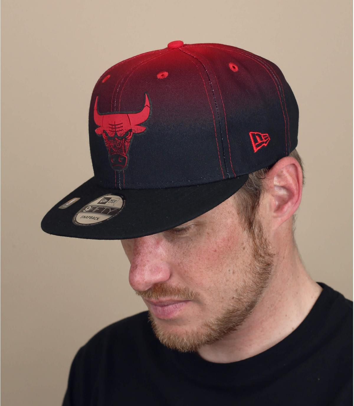 casquette bulls rouge noir