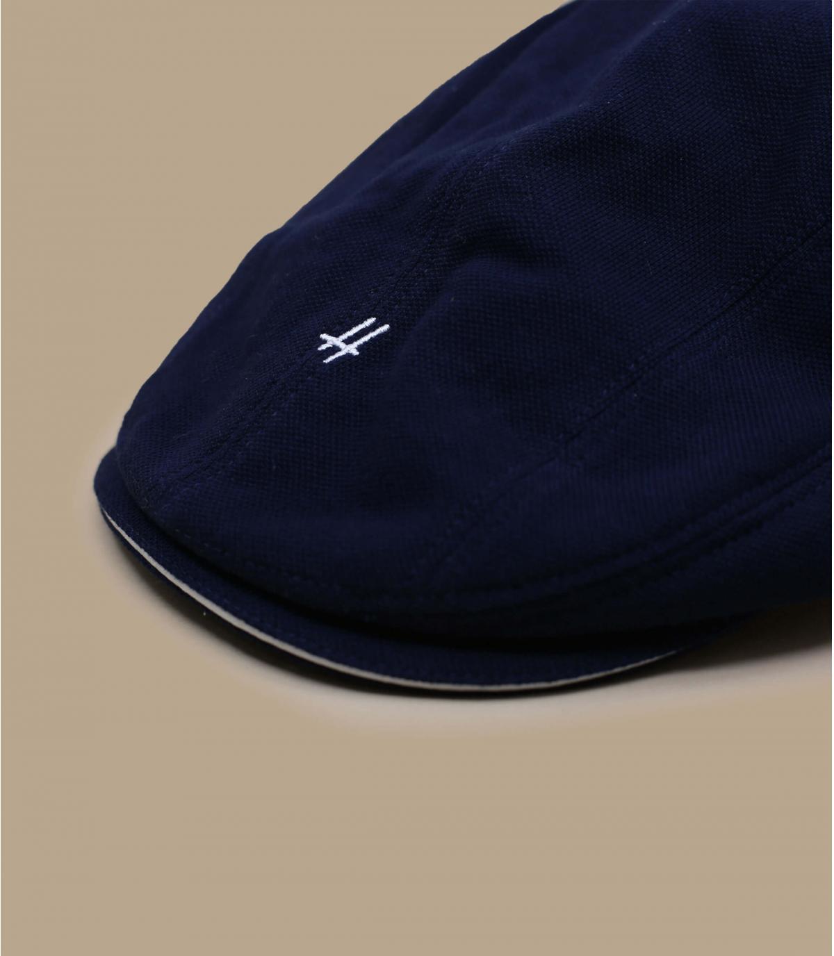 béret bleu marine