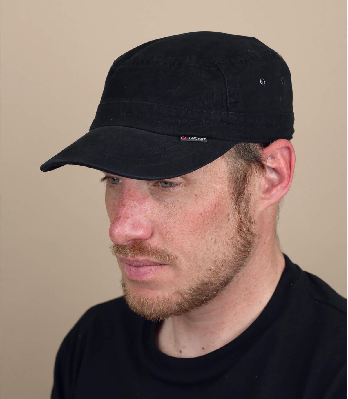casquette militaire noire