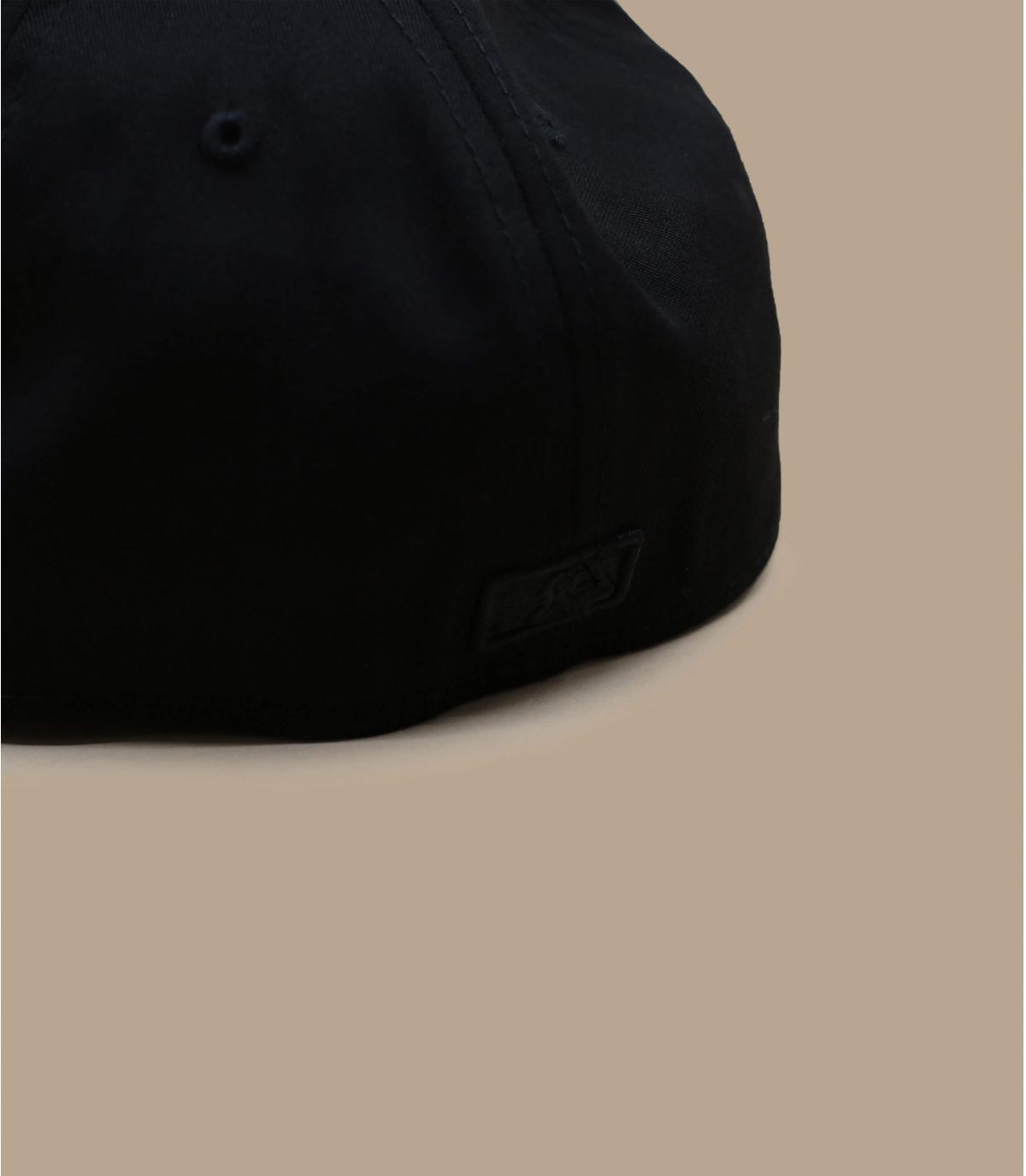 Détails Casquette League Ess NY 3930 black - image 4