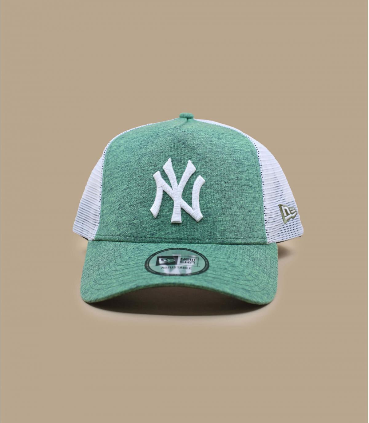 trucker NY vert