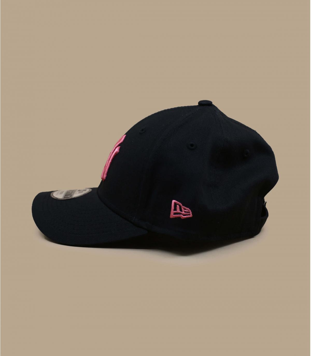 casquette enfant noir rose