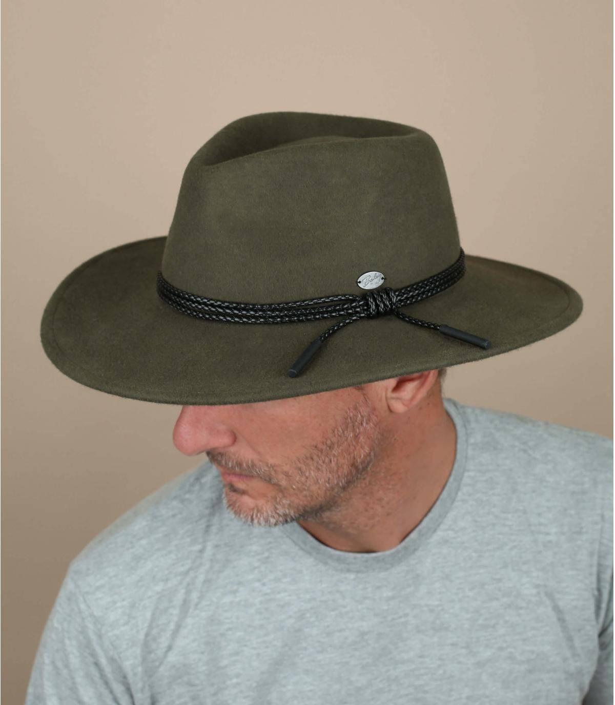 chapeau feutre vert