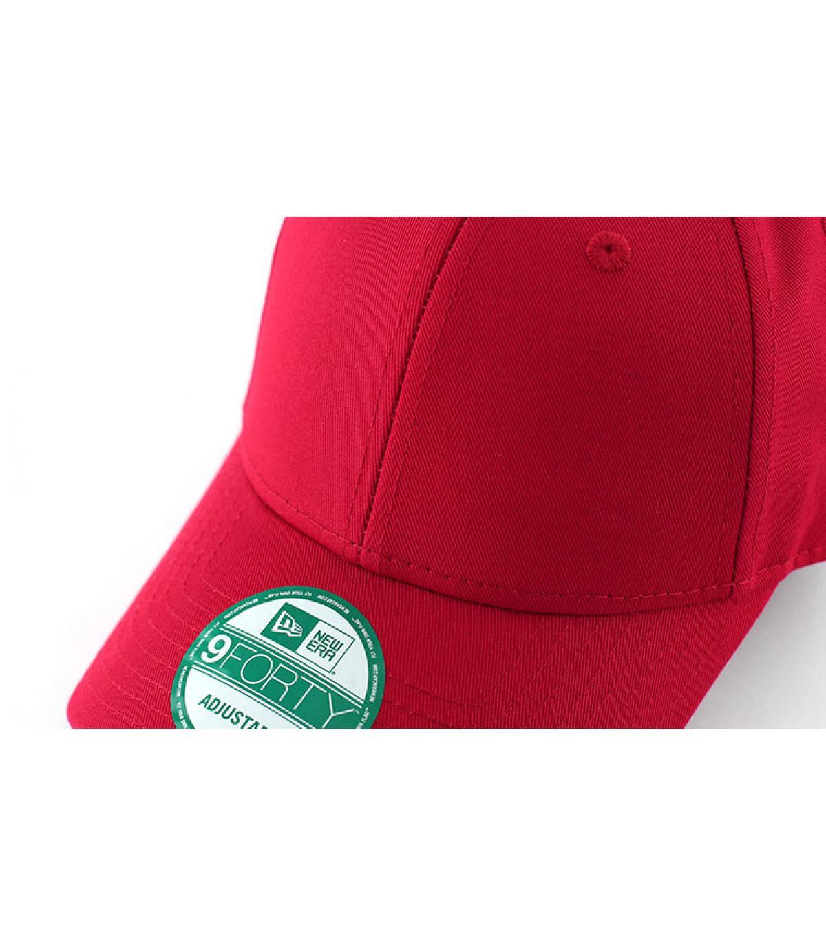 Détails Casquette basic rouge - image 2