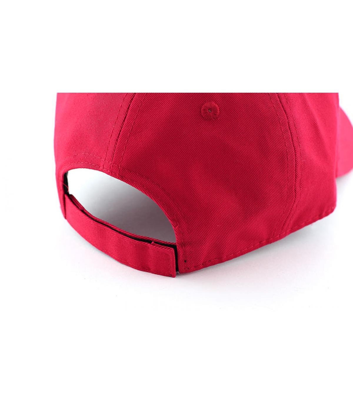 Détails Casquette basic rouge - image 4