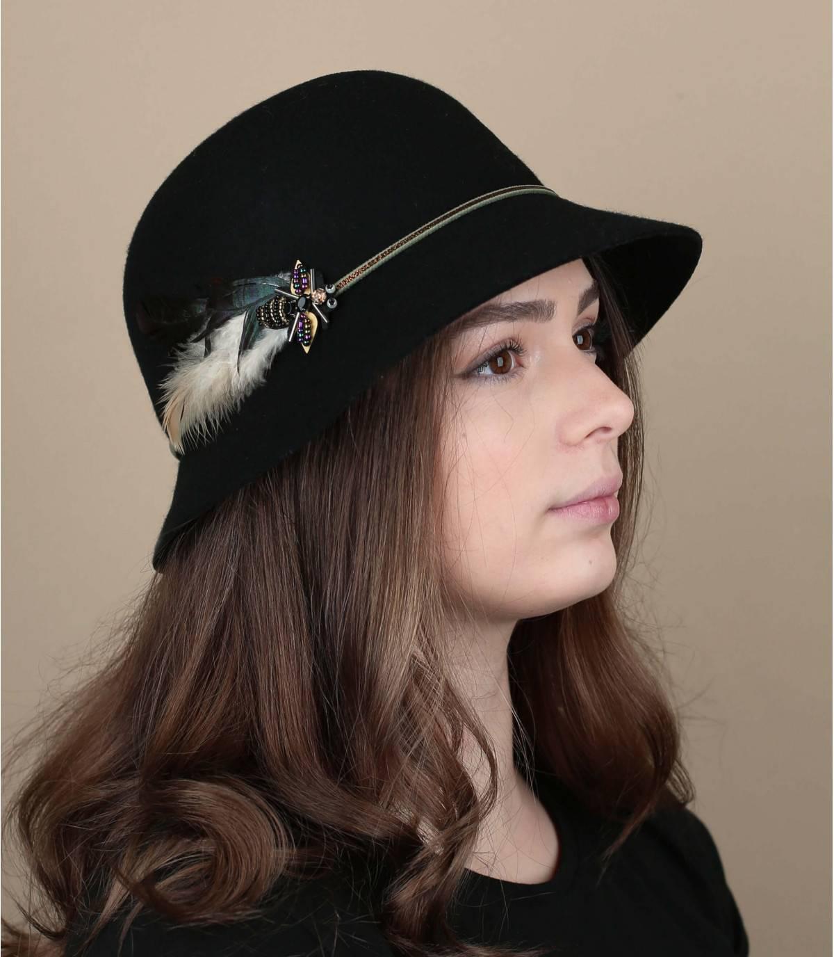 chapeau cloche plume