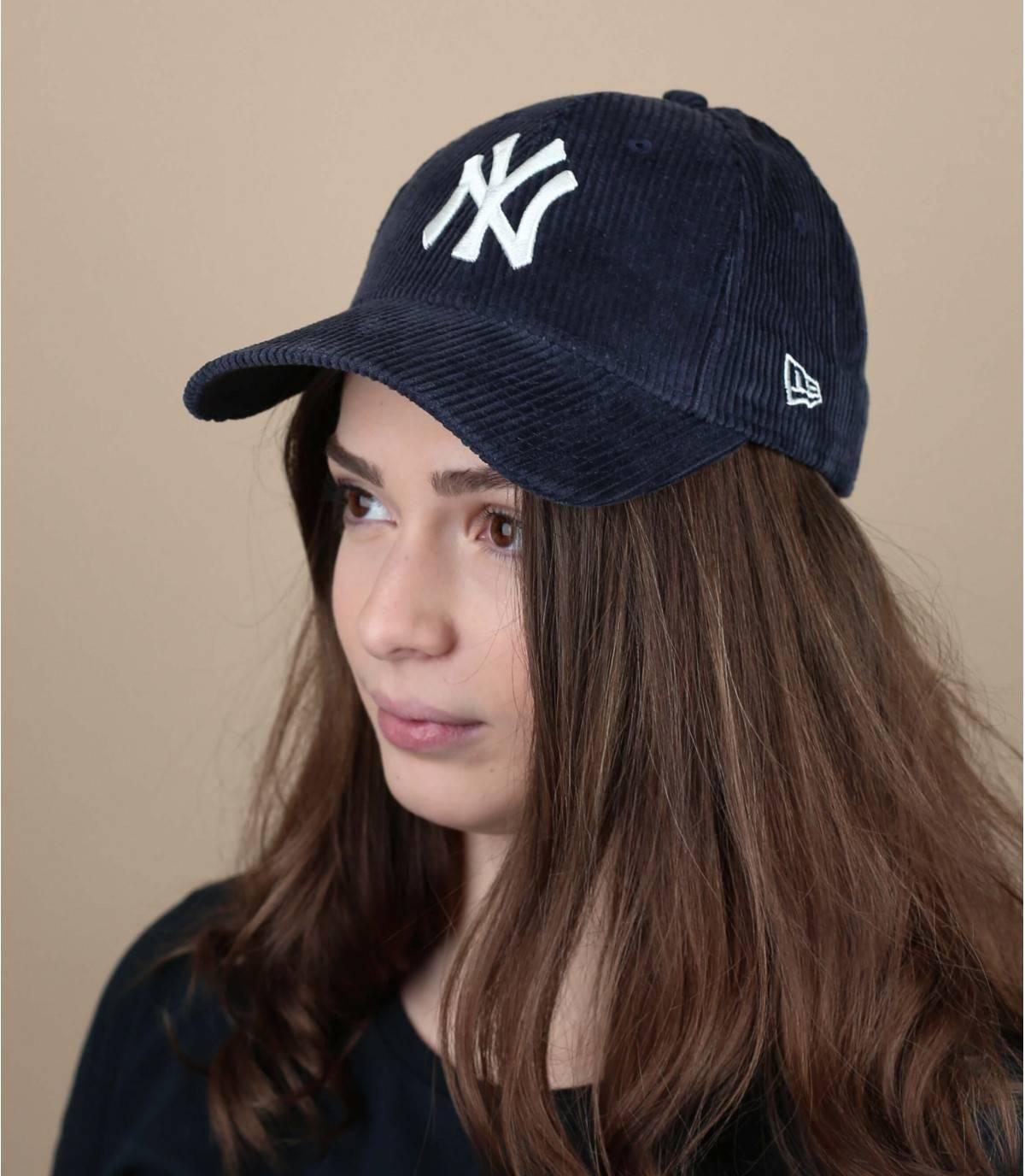 casquette velours bleu