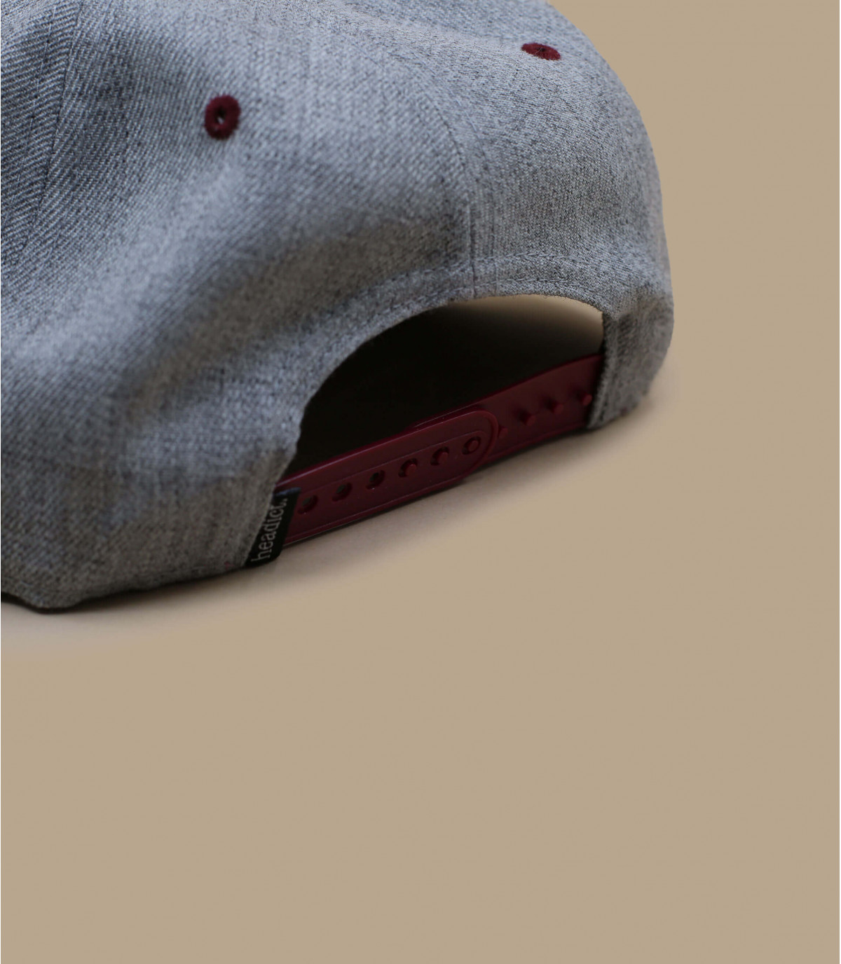 Détails Snapback First Come First Track grey burgundy - image 4