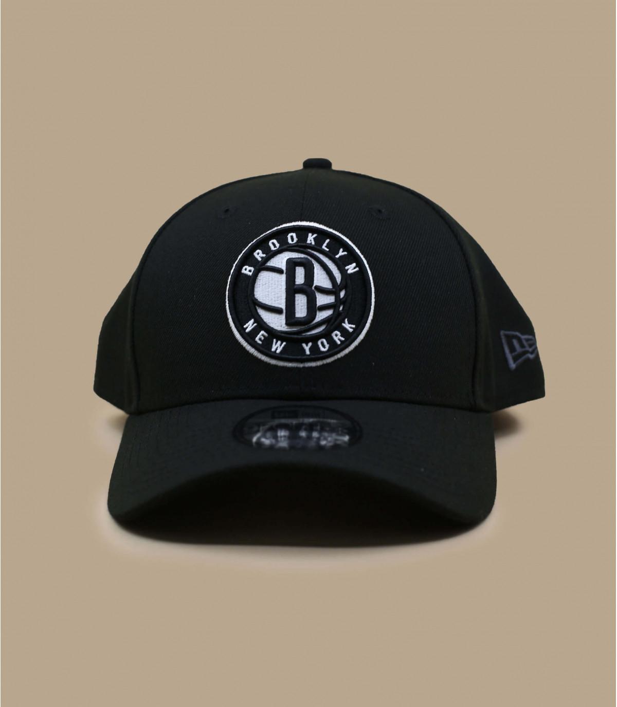 cap curve Nets NBA noire