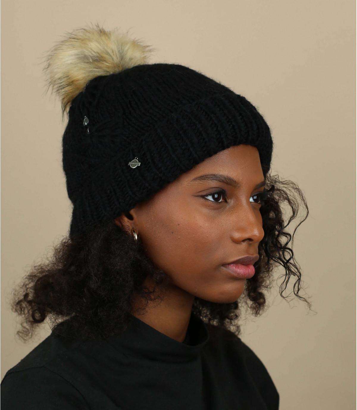 bonnet pompon strass noir