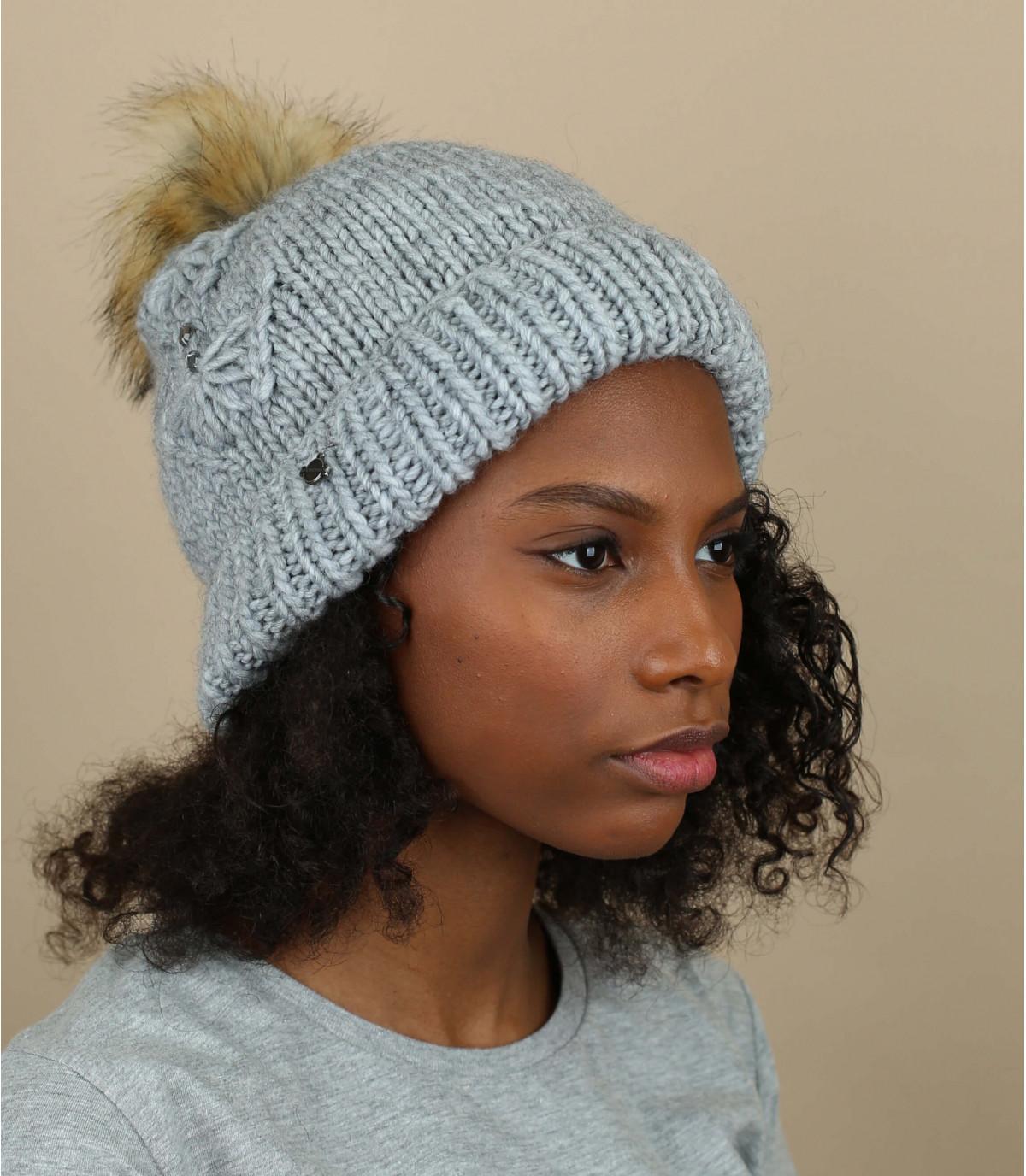 bonnet pompon strass gris