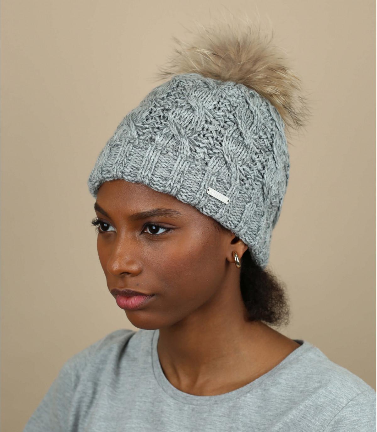 bonnet gris chiné torsades pompon