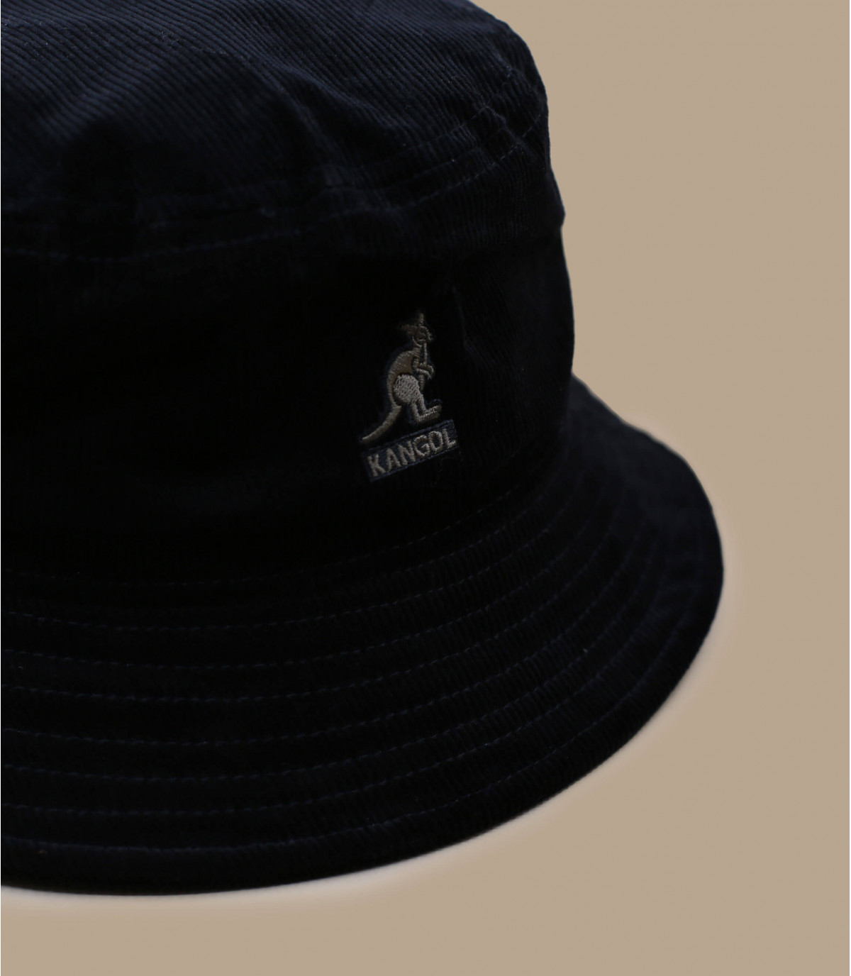 bob velours noir Kangol