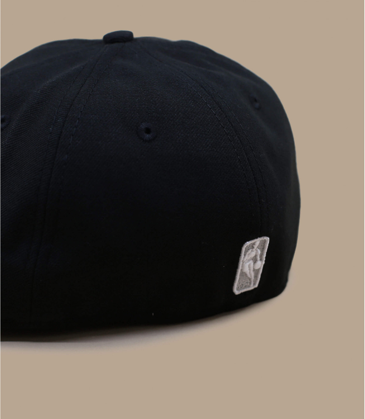 Détails Casquette Nets 59fifty noire grise - image 3
