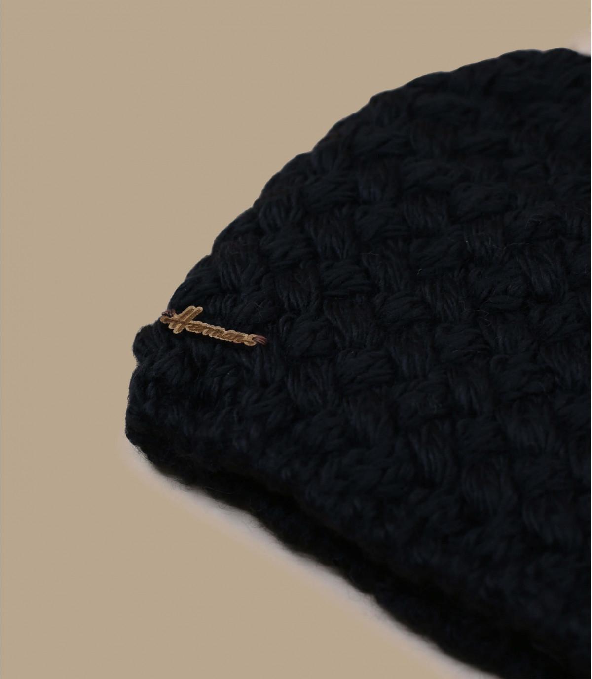 bonnet noir pompon laine