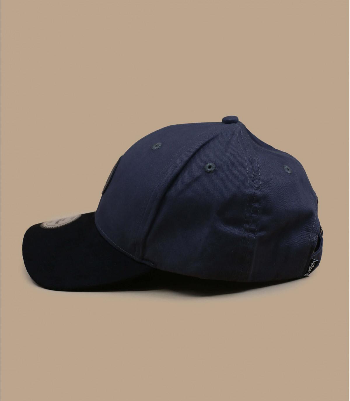 casquette grise visière suède