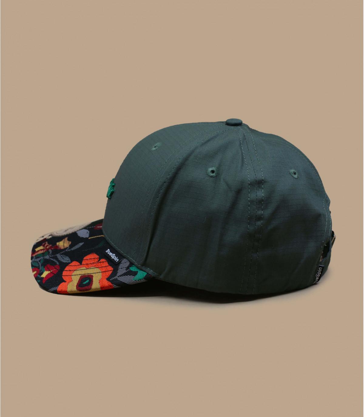 casquette verte motif fleur