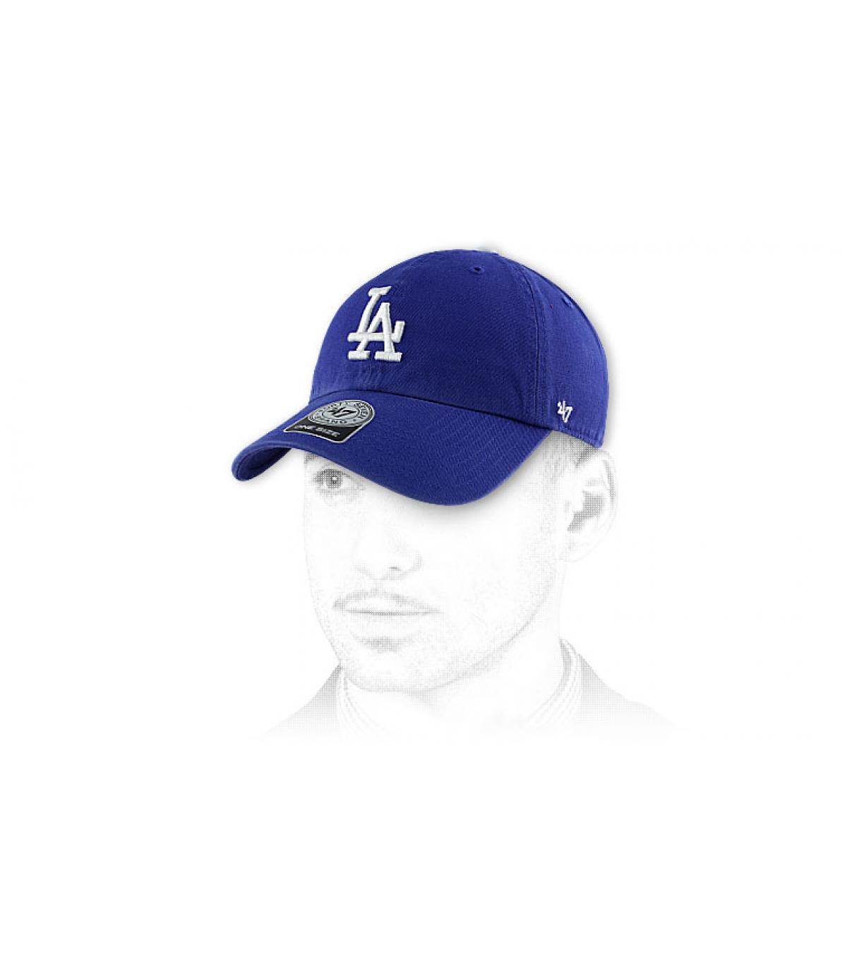 casquette visière courbée la bleu