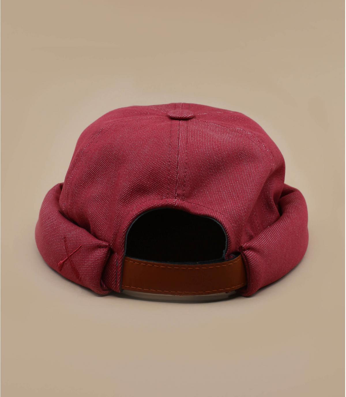 bonnet docker rouge