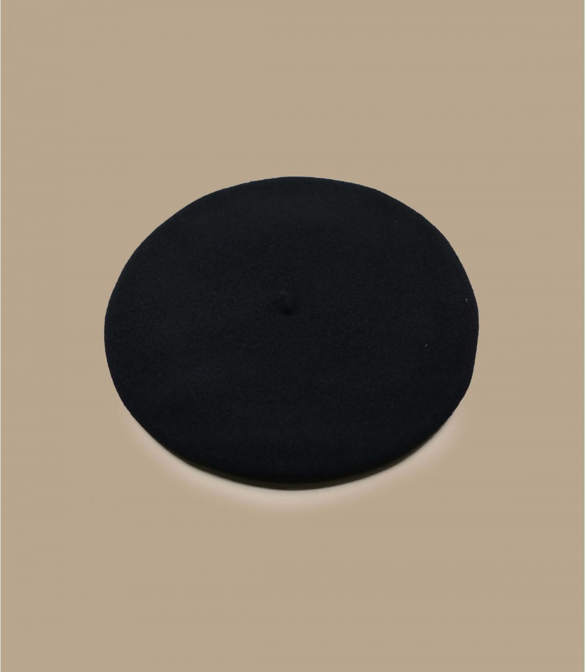 d56dd4f11b7ce Béret traditionnel français homme - L'authentique beret basque noir ...