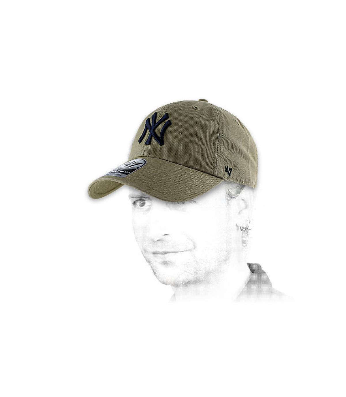 Détails Clean up NY khaki - image 2