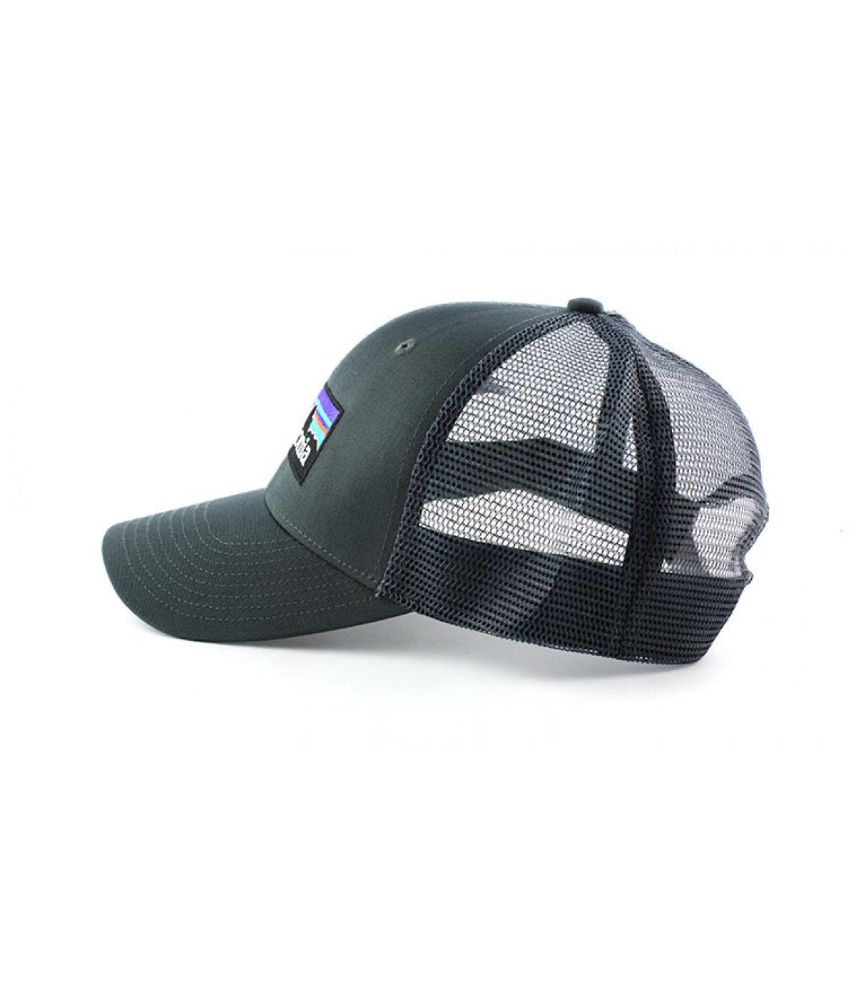 Détails P6 logo trucker hat forge grey - image 4