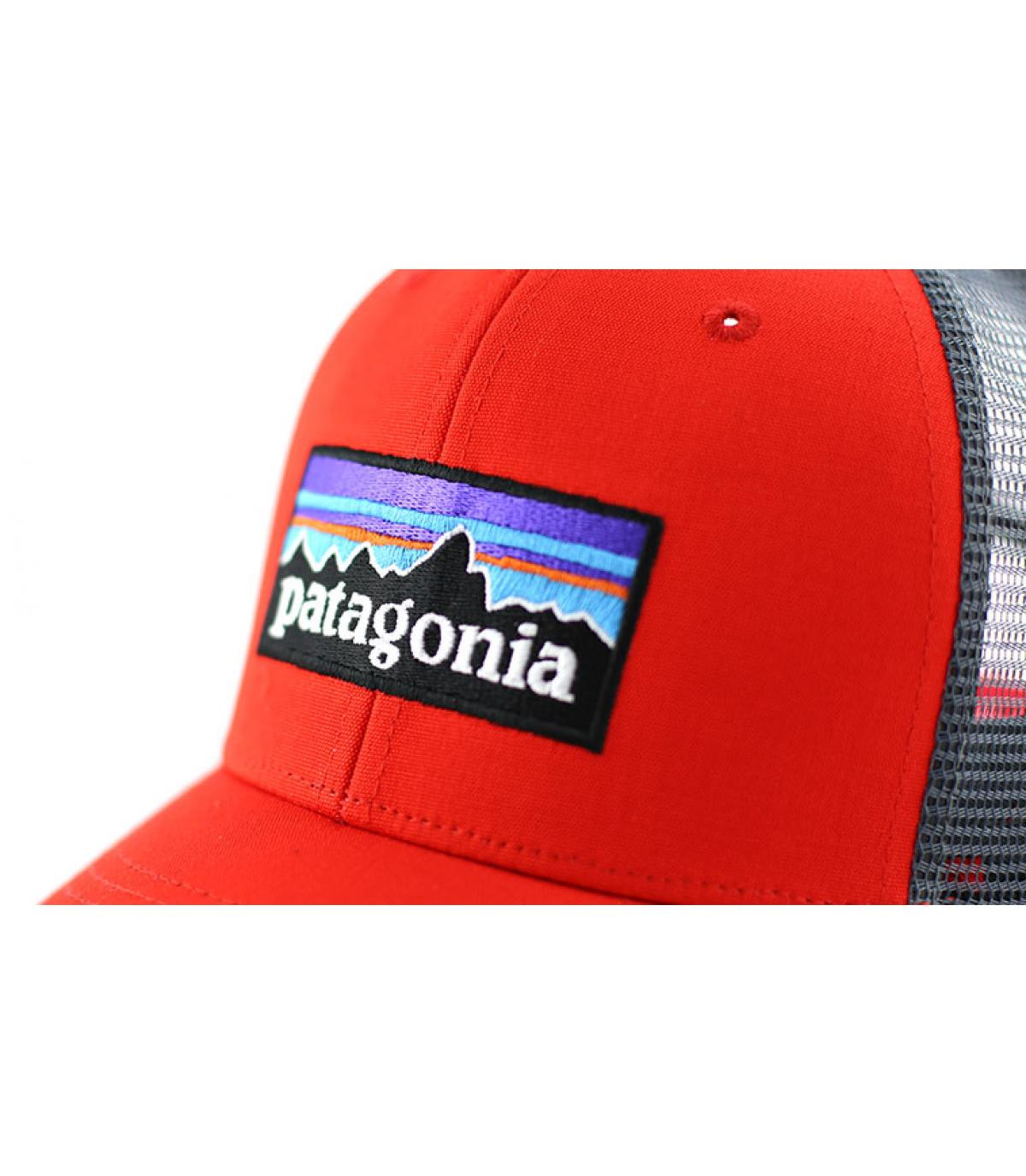 Détails P6 logo trucker hat french red - image 3