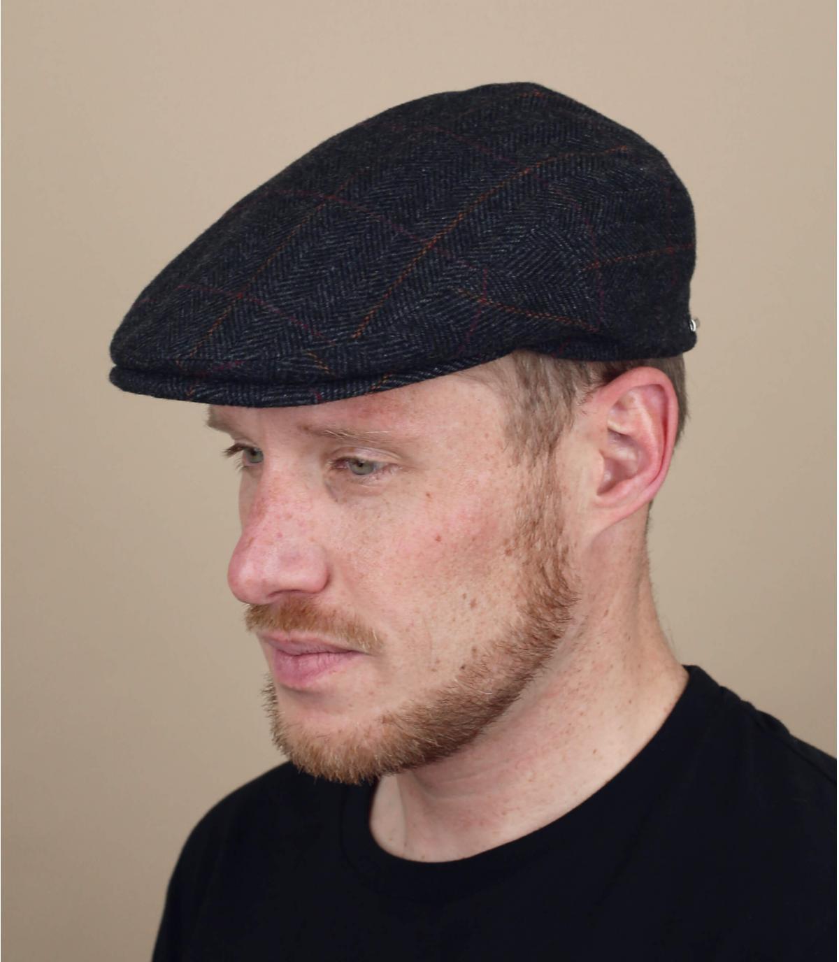 Casquette plate cache oreille
