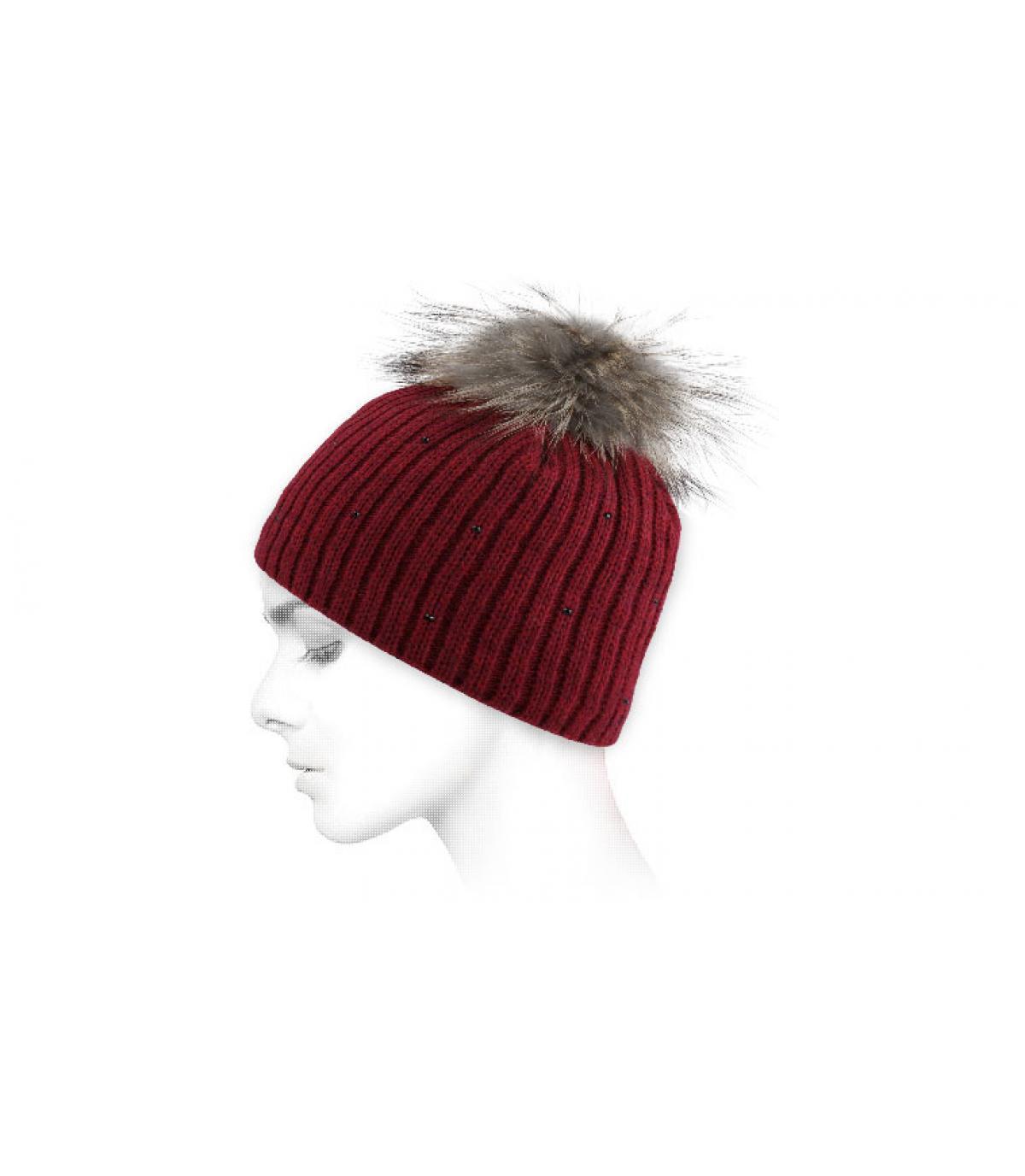 Bonnet rouge pompon fourrure
