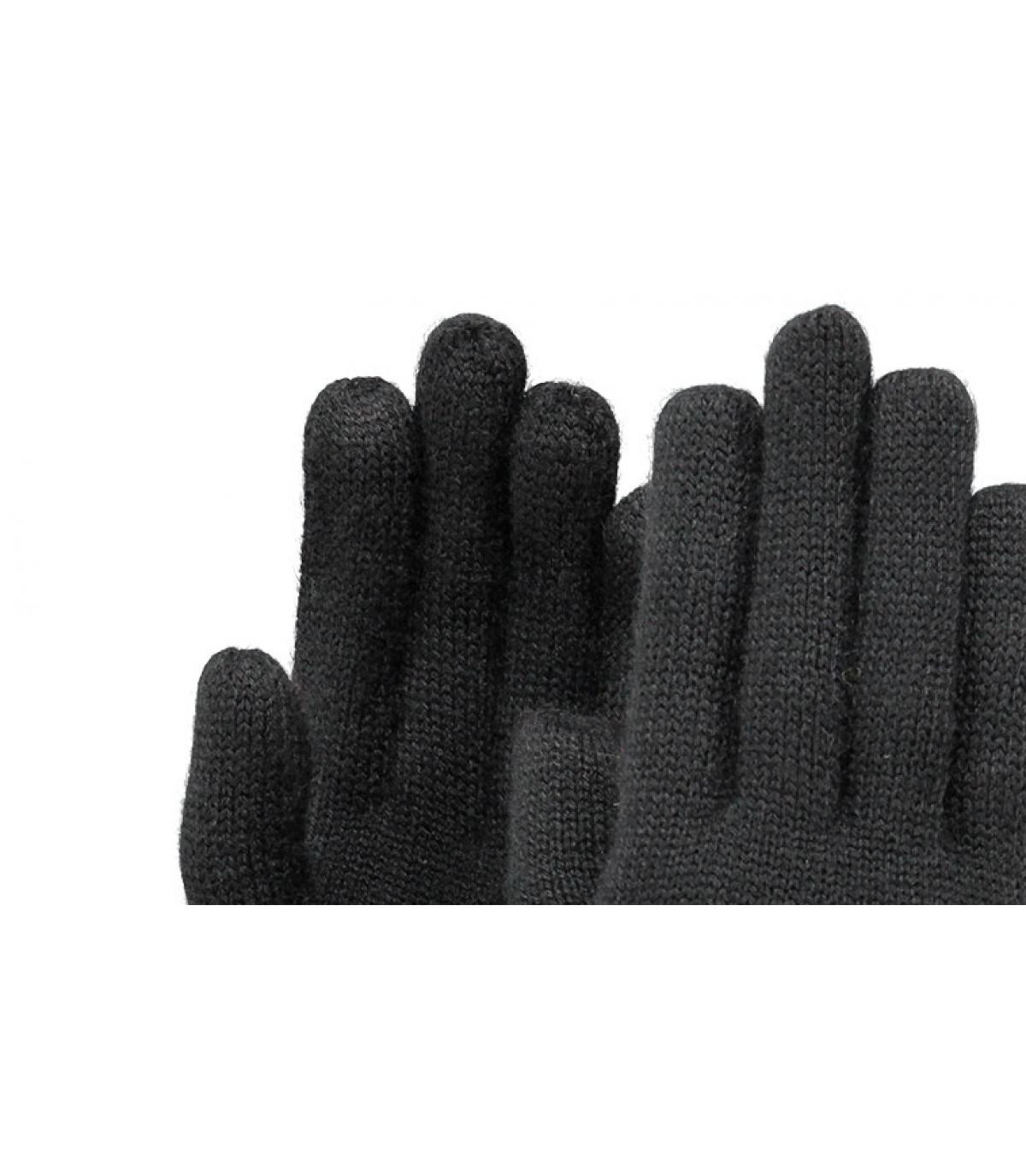 Fine Knitted Gloves black