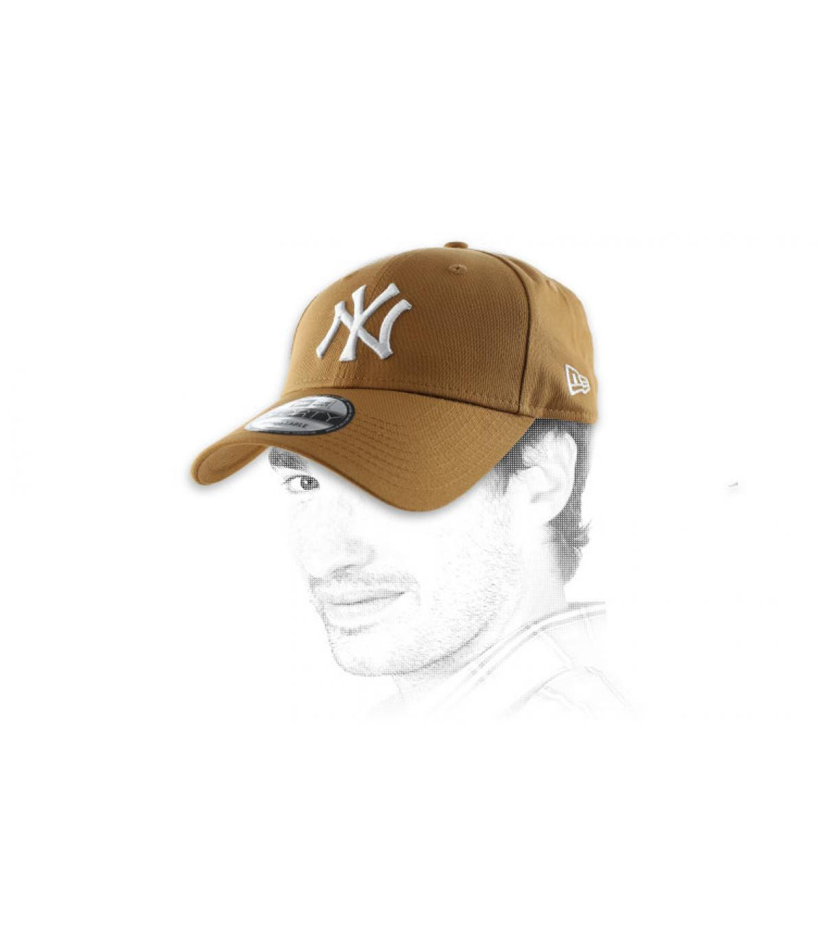 Casquette beige broderie NY