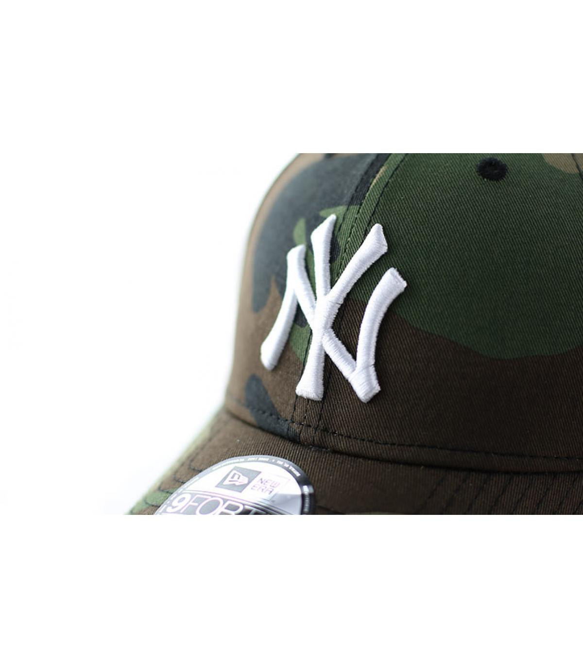 Détails Casquette NY MLB League camo - image 3