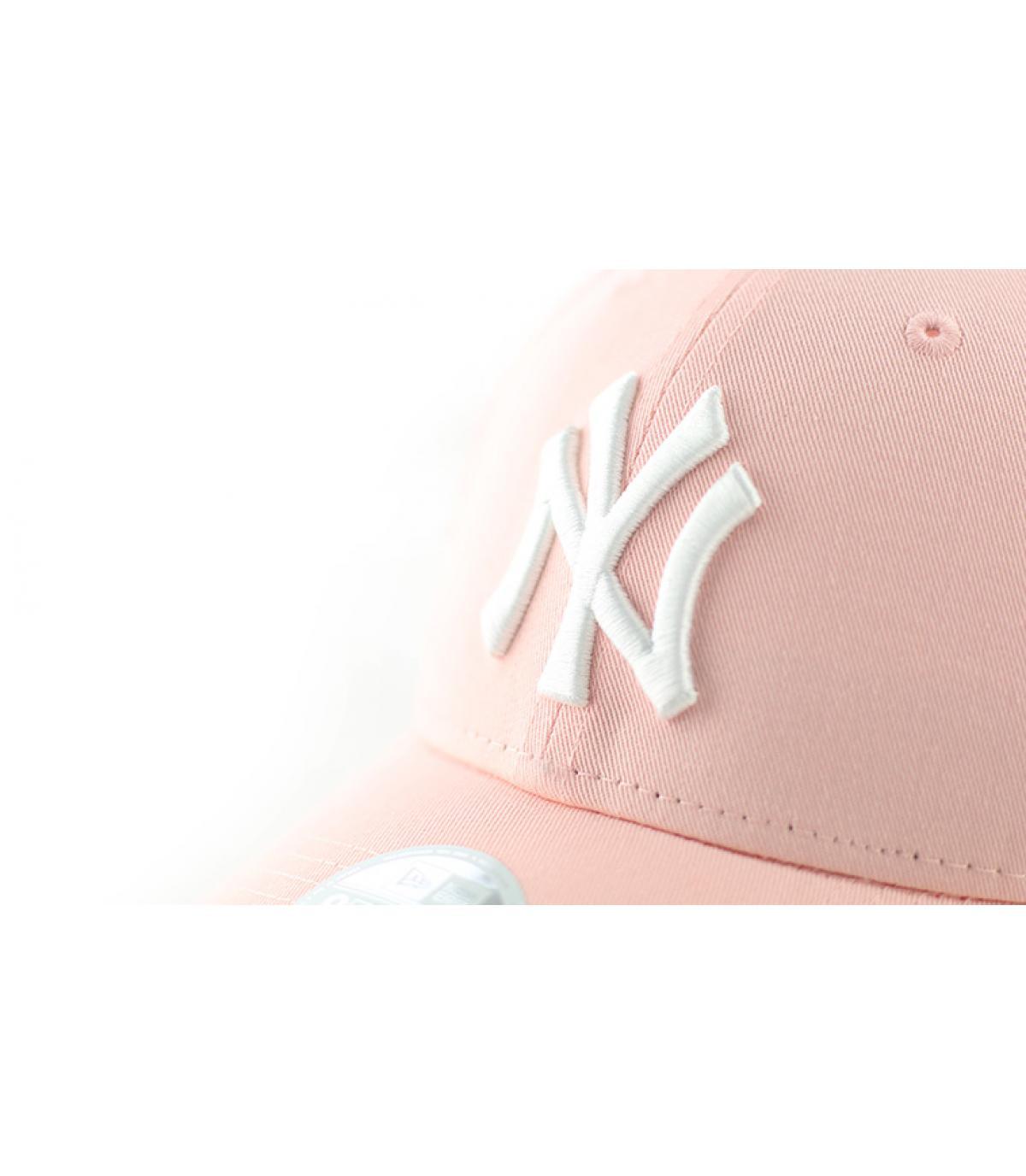 Détails Casquette Femme NY League Essential pink - image 3