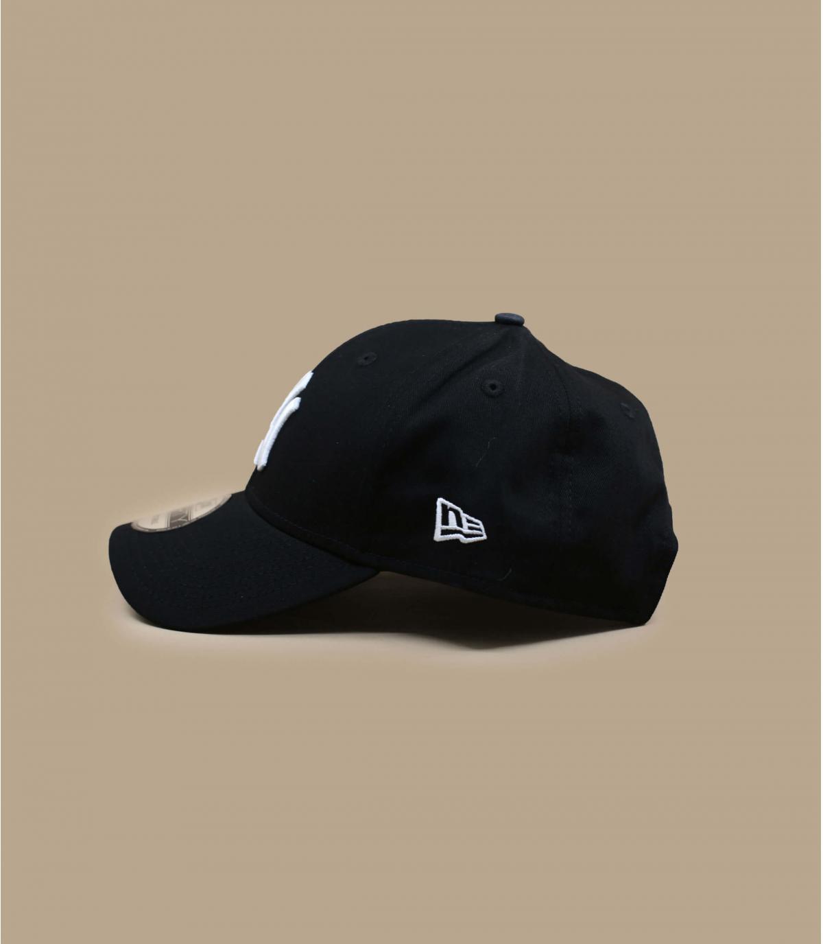 Détails Casquette NY 9forty noire ajustable - image 2