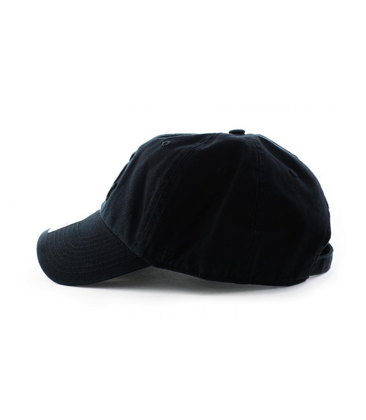Détails Casquette Clean Up Sox all black - image 4