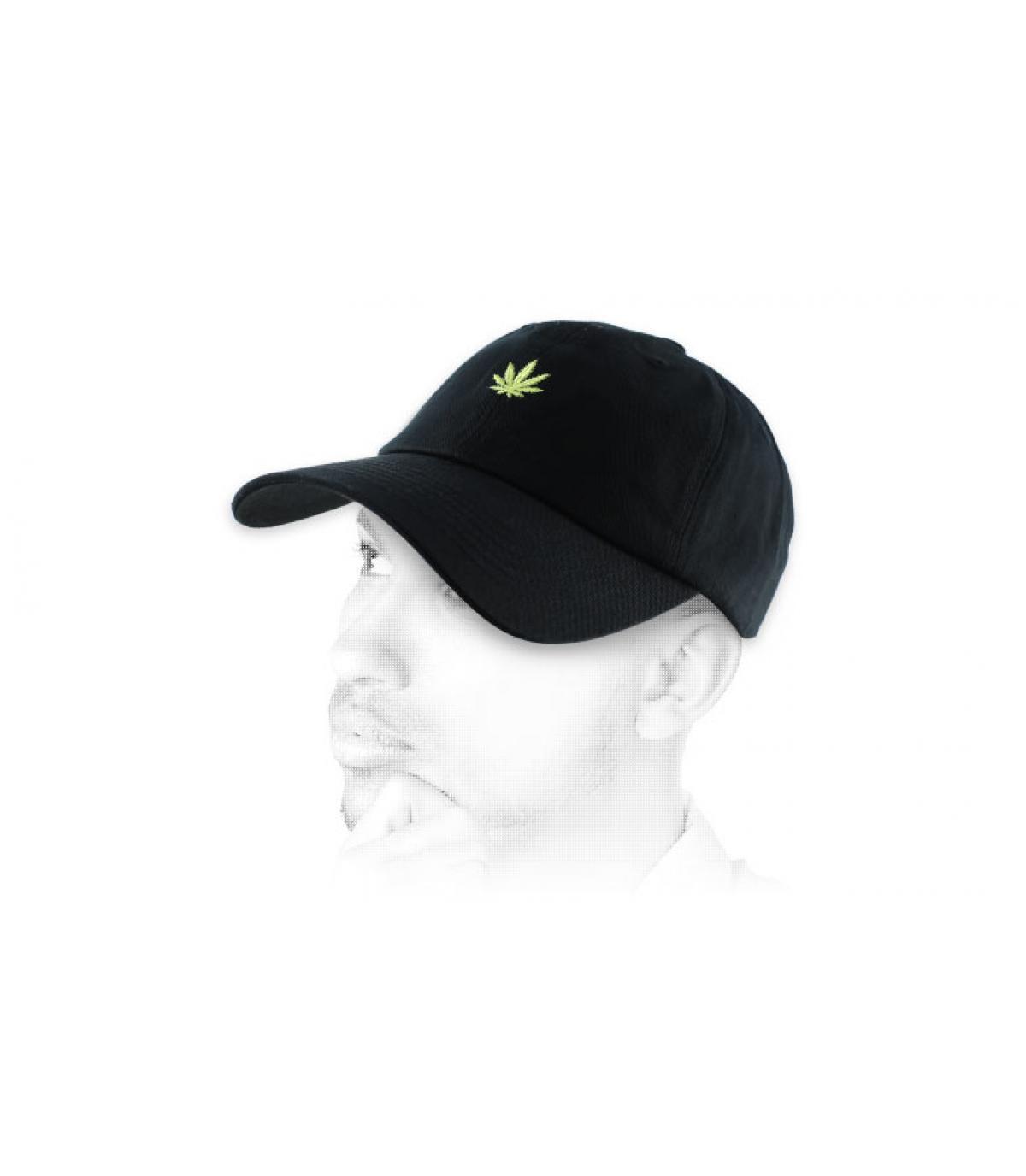 Casquette cannabis noire