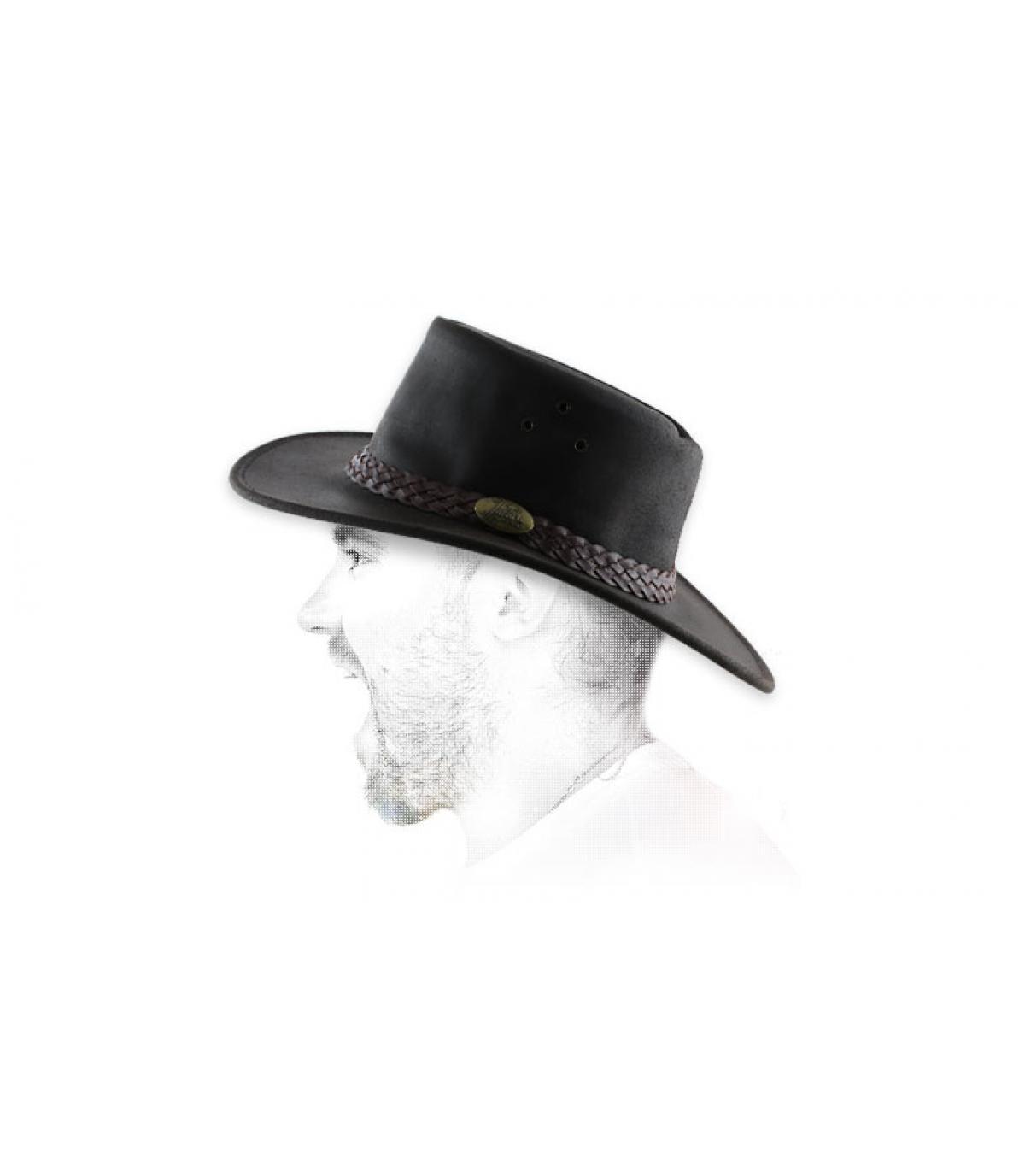 chapeau cuir huilé marron