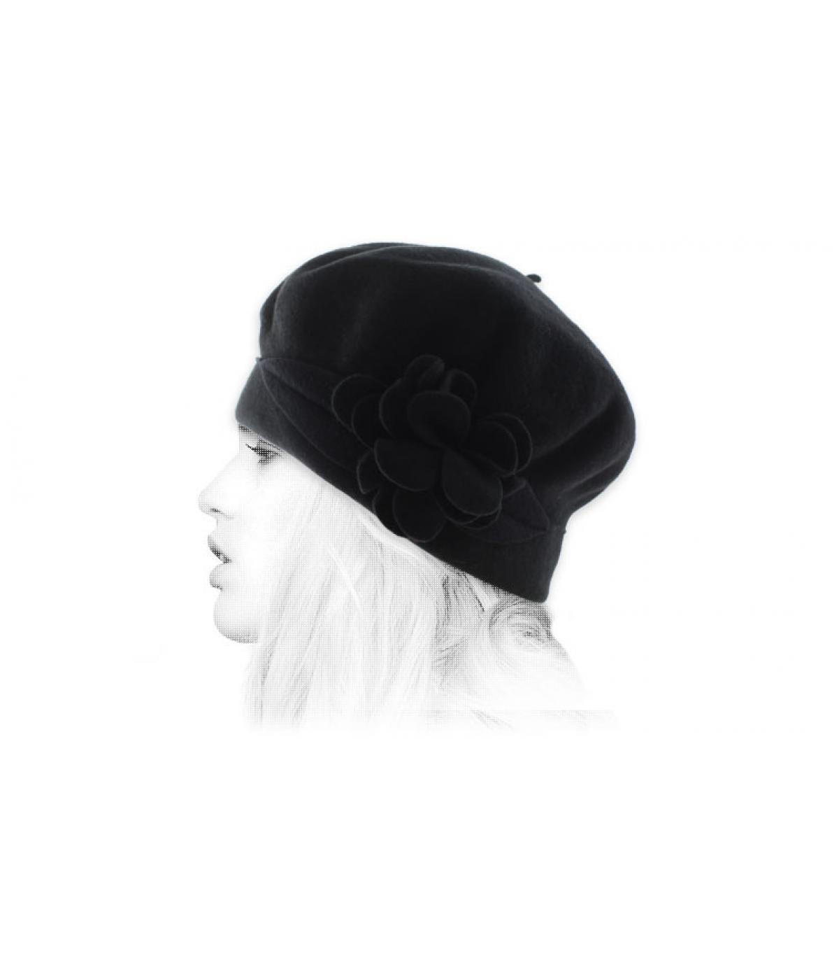 bonnet fleur noir laine