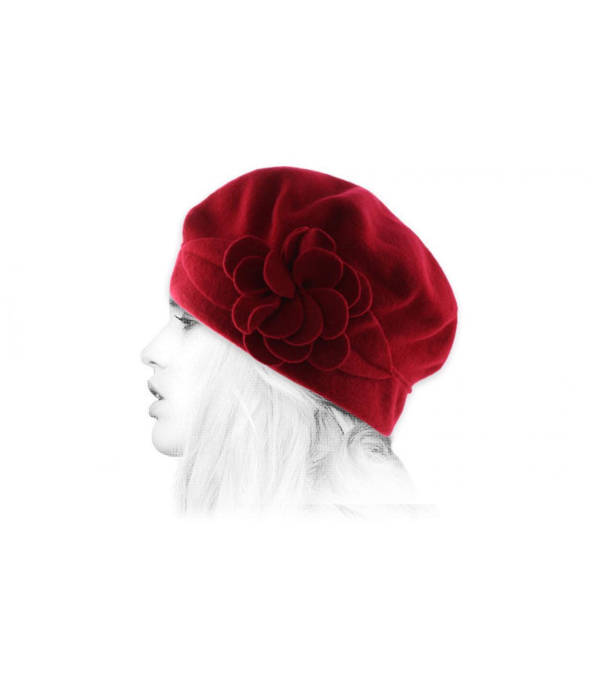 bonnet fleur rouge laine