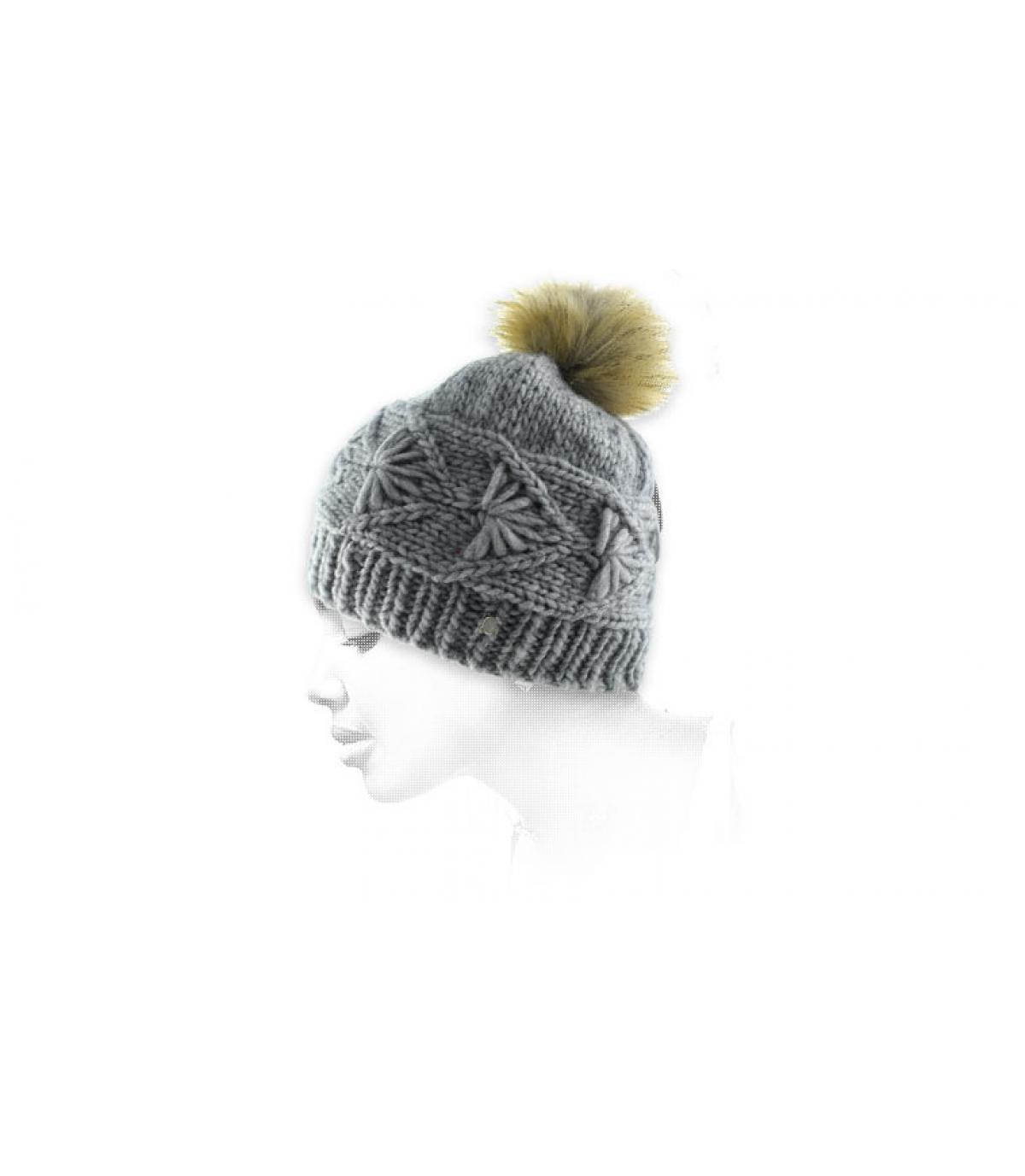 bonnet gris torsade pompon