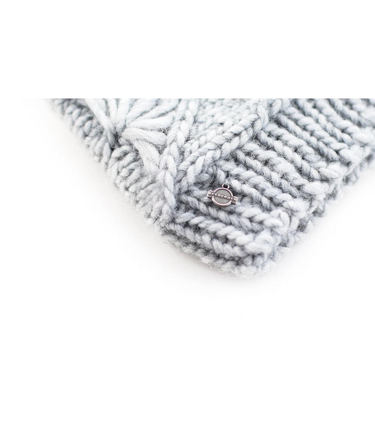 Détails Bonnet Pompon Linda gris - image 3