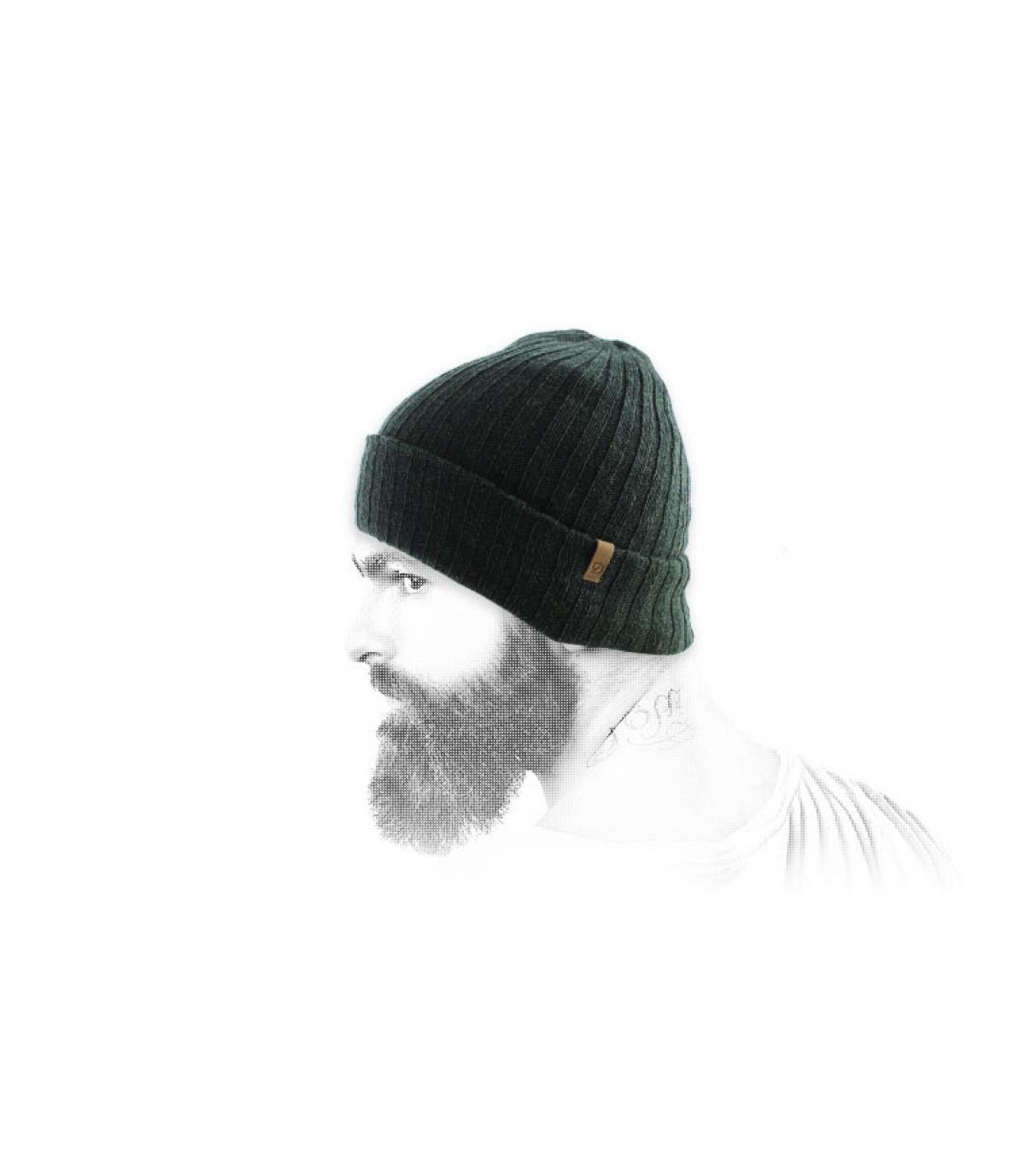 bonnet revers vert foncé