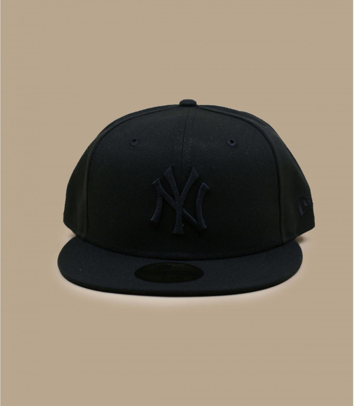 casquette ny noire logo noir par new era black on black. Black Bedroom Furniture Sets. Home Design Ideas