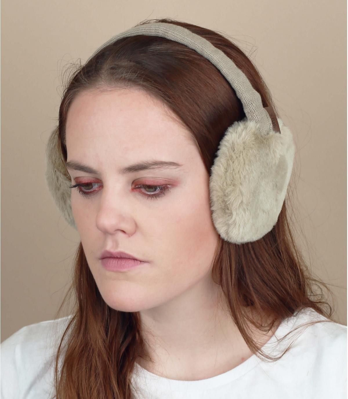 caches oreilles fourrure beige